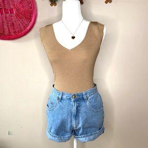 Nine West NWT sleeveless top size …